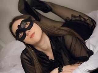 CarolineFlowerr - 在XloveCam?欣賞性愛視頻和熱辣性感表演