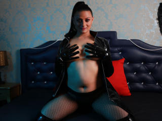 EroticBridgitte - 在XloveCam?欣赏性爱视频和热辣性感表演