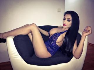 LizzyAnne - 在XloveCam?欣賞性愛視頻和熱辣性感表演