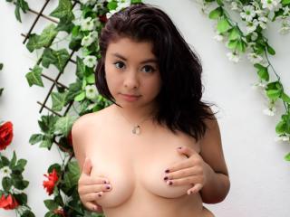 LinaBlake - 在XloveCam?欣赏性爱视频和热辣性感表演