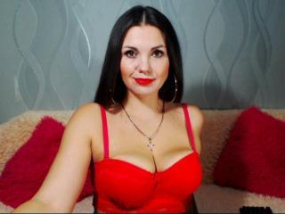 AwesomeValentinna - 在XloveCam?欣賞性愛視頻和熱辣性感表演