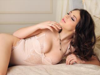 NailaS - 在XloveCam?欣賞性愛視頻和熱辣性感表演