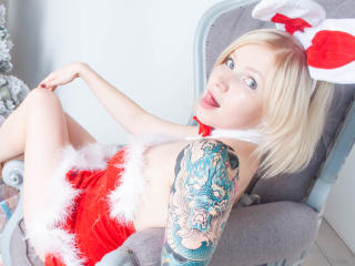 BettyRedhead - 在XloveCam?欣赏性爱视频和热辣性感表演