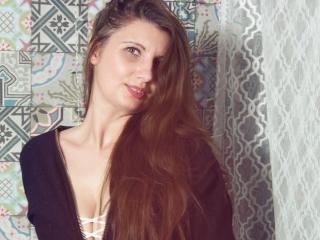 Sylena - 在XloveCam?欣赏性爱视频和热辣性感表演