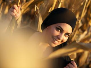 Foto de perfil sexy de la modelo Aaleyah, ¡disfruta de un show webcam muy caliente!