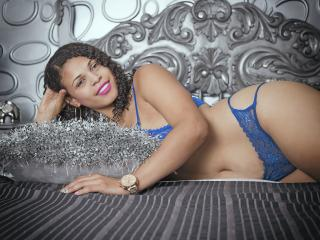 Photo de profil sexy du modèle AlesaFisher, pour un live show webcam très hot !