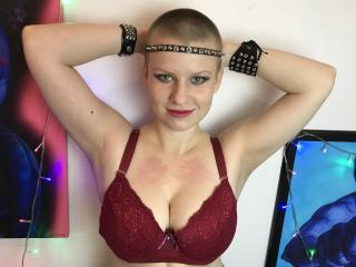Picture of the sexy profile of AlteredHydrogen, for a very hot webcam live show !
