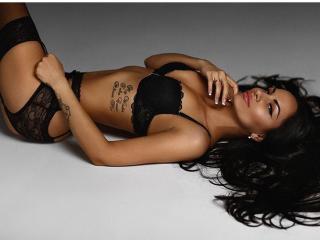 Фото секси-профайла модели AvaHotGirl, веб-камера которой снимает очень горячие шоу в режиме реального времени!