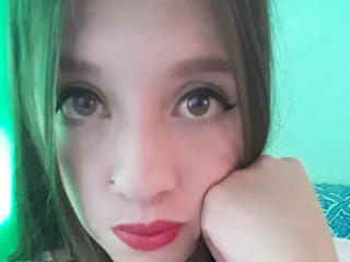 BlondeRousse - Video chat hot with a average body Sexy mother