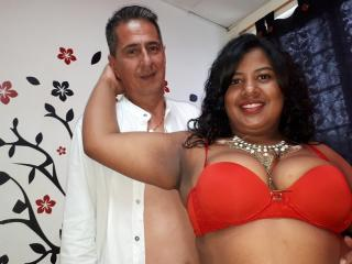 CoupleHardHot - Show live hard with a chestnut hair Female and male couple