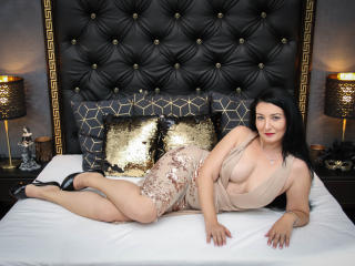 Photo de profil sexy du modèle FeliciaGraceful, pour un live show webcam très hot !