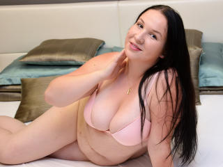 Picture of the sexy profile of JolieBBW, for a very hot webcam live show !