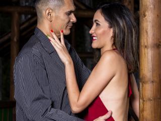 Foto de perfil sexy de la modelo KlooyXSilver, ¡disfruta de un show webcam muy caliente!