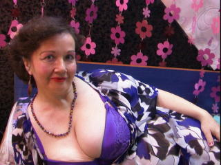 Photo de profil sexy du modèle MaturMilf, pour un live show webcam très hot !