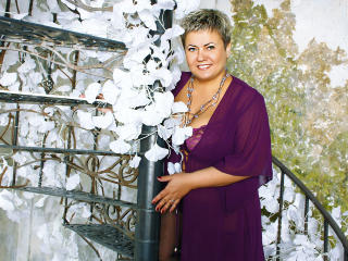 Photo de profil sexy du modèle MissJaline, pour un live show webcam très hot !