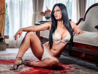 Hình ảnh đại diện sexy của người mẫu NaomiDawson để phục vụ một show webcam trực tuyến vô cùng nóng bỏng!
