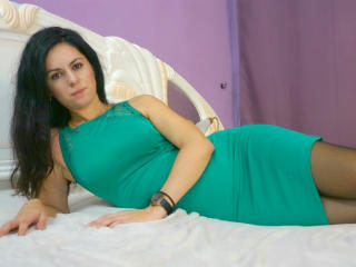 Picture of the sexy profile of NickyTess, for a very hot webcam live show !