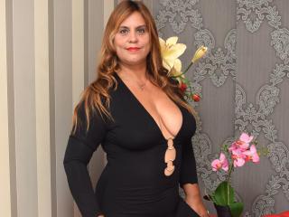 Hình ảnh đại diện sexy của người mẫu OliviaLewis để phục vụ một show webcam trực tuyến vô cùng nóng bỏng!