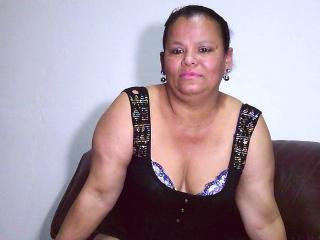 Photo de profil sexy du modèle PussyHard69, pour un live show webcam très hot !