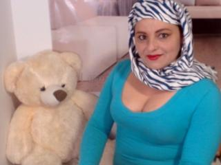 Picture of the sexy profile of PussyMuslim, for a very hot webcam live show !
