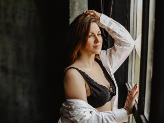Hình ảnh đại diện sexy của người mẫu SelinNixon để phục vụ một show webcam trực tuyến vô cùng nóng bỏng!