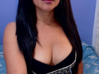 Picture of the sexy profile of SexyLatinaX69, for a very hot webcam live show !