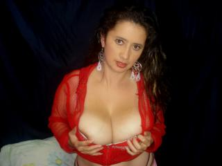 Picture of the sexy profile of TamaraForYou, for a very hot webcam live show !