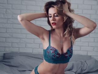 Velmi sexy fotografie sexy profilu modelky TayaWyld pro live show s webovou kamerou!
