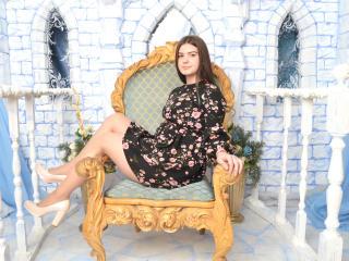 Фото секси-профайла модели TonniCooper, веб-камера которой снимает очень горячие шоу в режиме реального времени!