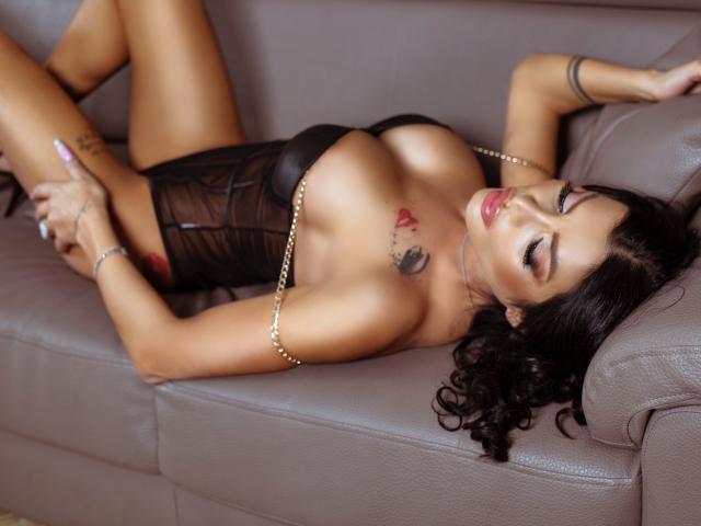Velmi sexy fotografie sexy profilu modelky AmberWillis pro live show s webovou kamerou!