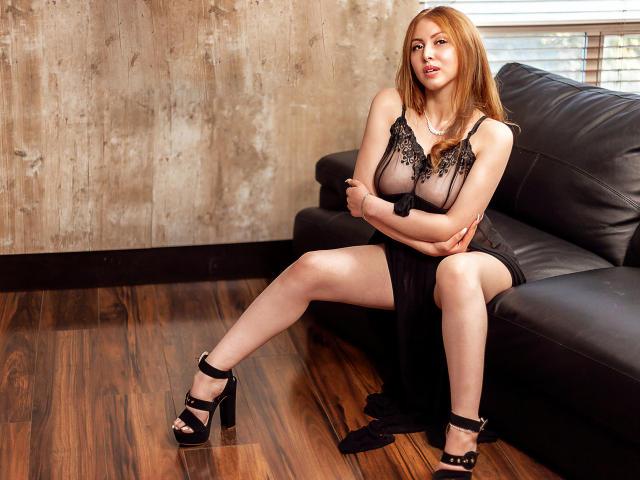 Foto del profilo sexy della modella KaterinaSalvatore, per uno show live webcam molto piccante!