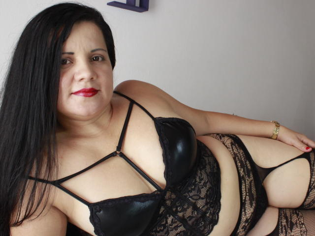 Picture of the sexy profile of SquirtAnalx, for a very hot webcam live show !