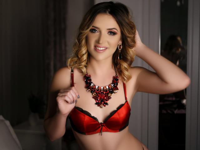 Velmi sexy fotografie sexy profilu modelky TiffanyLowe pro live show s webovou kamerou!