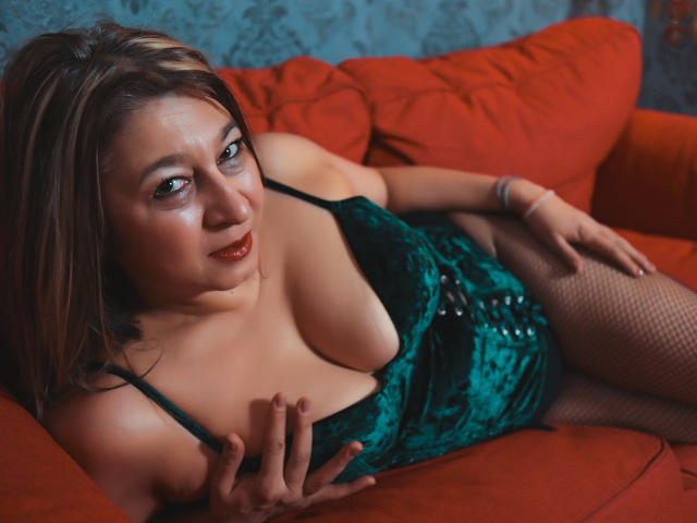 Picture of the sexy profile of Vannesia, for a very hot webcam live show !