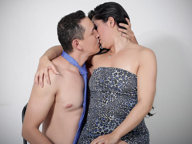 Picture of the sexy profile of WetLatinos, for a very hot webcam live show !