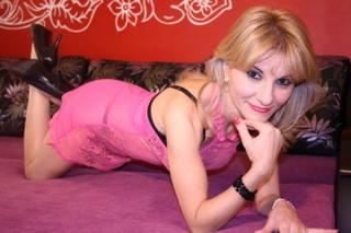 LadyJaime - Sexy live show with sex cam on XloveCam