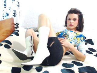 DavinaSweet - Sexy live show with sex cam on XloveCam