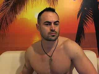 RhinoWolf - Sexy live show with sex cam on XloveCam