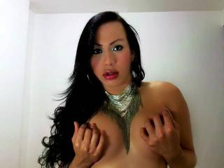 AlexaTsQueen - Sexy live show with sex cam on XloveCam
