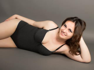 NadiaRamires - Sexy live show with sex cam on XloveCam