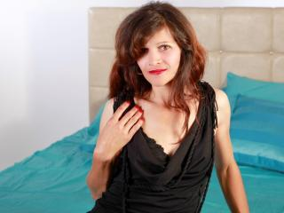 PleasingFemme - Sexy live show with sex cam on XloveCam