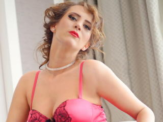 BlondeRosemarye - Sexy live show with sex cam on XloveCam