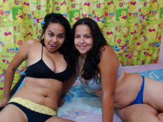 TwoLesbianDolls - Sexy live show with sex cam on XloveCam