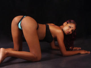 BigPussyForU - Sexy live show with sex cam on XloveCam