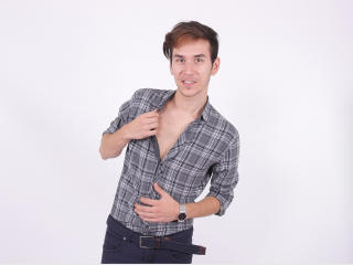 BillyHeller - Sexy live show with sex cam on XloveCam