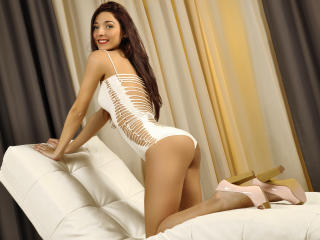 LaraJoy - Show live x with a lanky Sexy girl