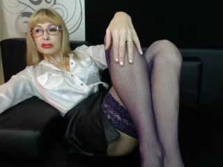 BlondPussy - Live x with a White Gorgeous lady