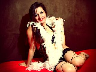 PleasureRaissa - Sexy live show with sex cam on XloveCam