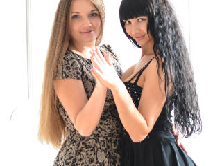 NikaXRysa - Live porn with this dark hair Lesbo