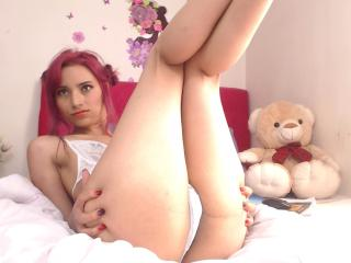PrincesaBibiana - Webcam live nude with a shaved private part 18+ teen woman